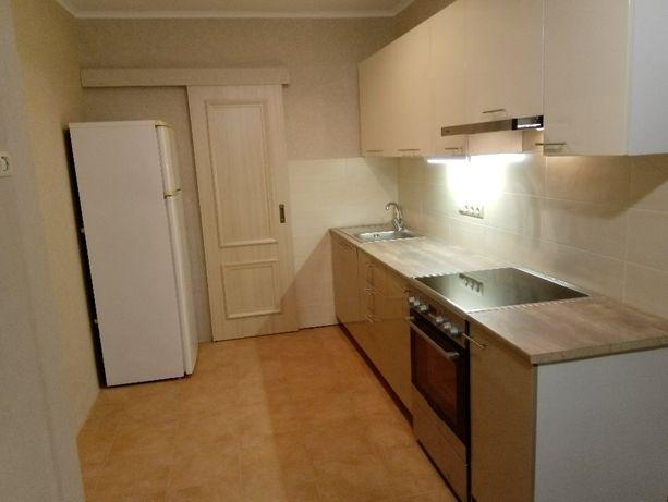 Продается 3-х комнатная квартира, Героев Сталинграда