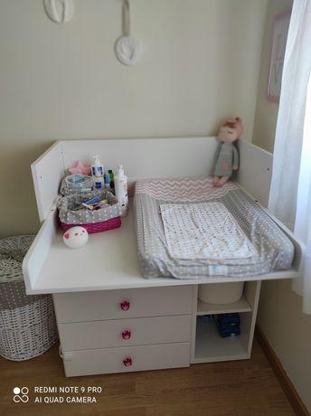 Trocador / secretária bebé / criança IKEA