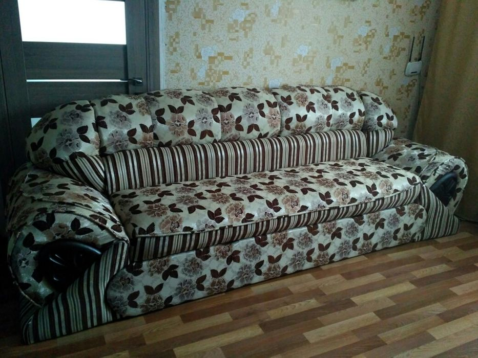 Диван і крісла- равлики Гийче - изображение 1