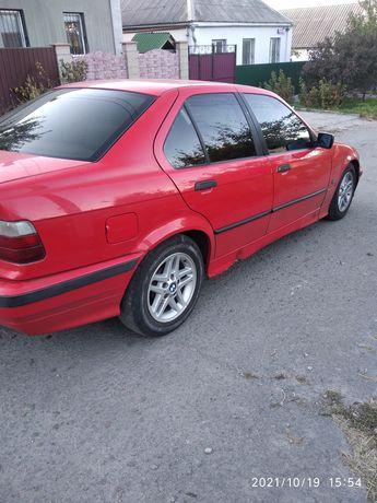 Продам BMW E36 1.6 газ бензин