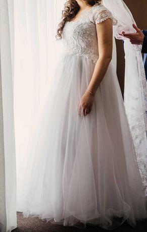 Продам свадебное платье большого размера