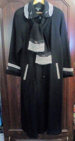 Пальто трикотаж 52 -54р. 350 грн