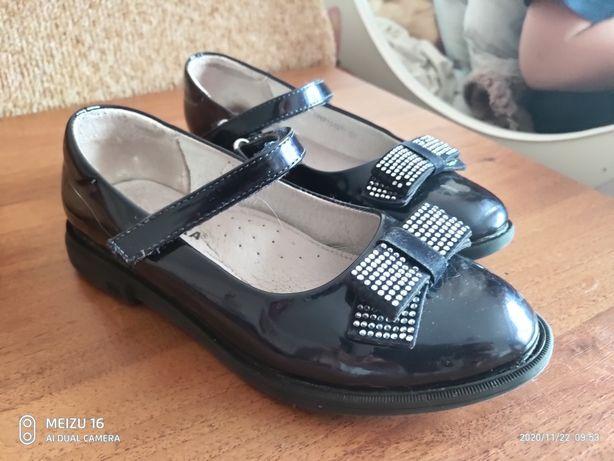 Туфли(туфельки) для девочки