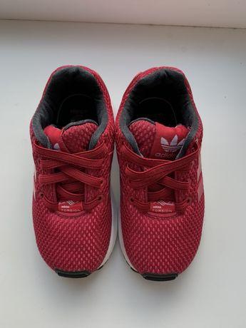 Кроссовки, туфли на шнуровке