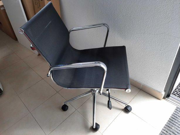 Cadeira de escritório rotativa elevatória