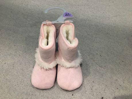 Buty, niechodki 3-6miesiecy f&f, nowe