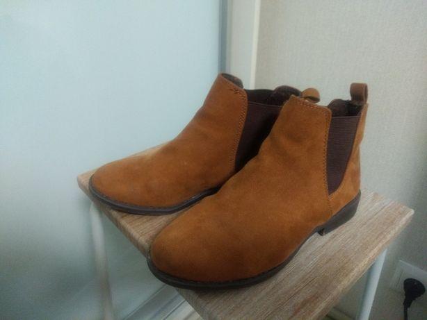 Демисезонные ботинки Primark 33/34р.
