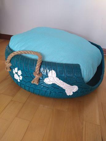 Ręcznie robione legowisko dla psa/kota