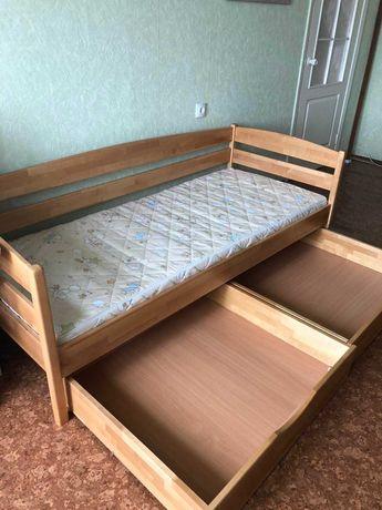 Кровать детская, дерево