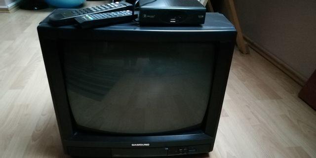 Telewizor samsung +dekoder dvbt