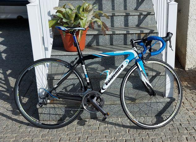 Bicicleta Valdemiro Full Shimano 105