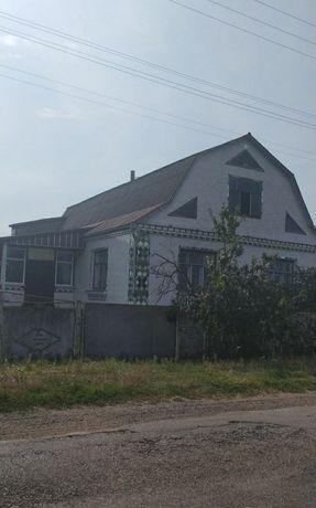 #будинок в селі Ставниця. Біля фортеці Меджибіж. Не дорого.
