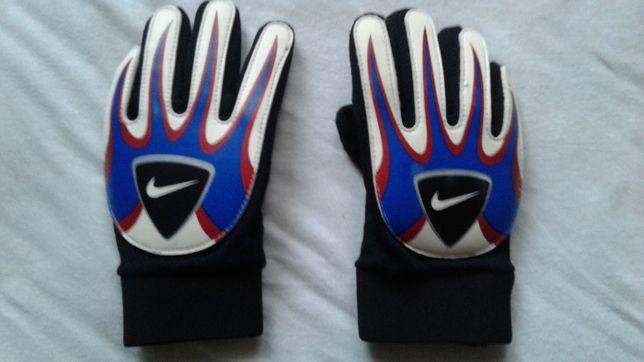 Rękawiczki bramkarskie nike junior rozmiar 5
