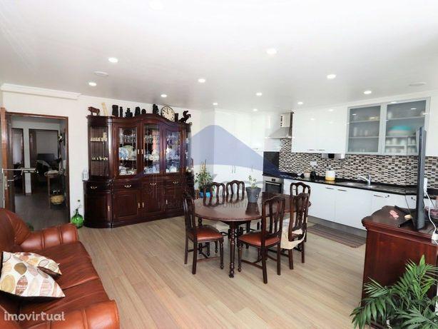 Apartamento T3 renovado no Casal da Serra, Pontinha