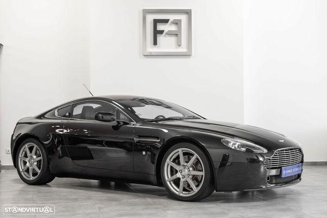 Aston Martin Vantage Coupe V8 MANUAL