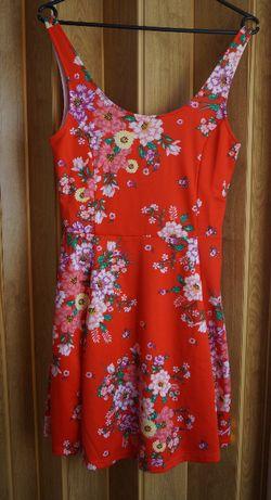 Nowa czerwona sukienka w kwiaty H&M roz. M
