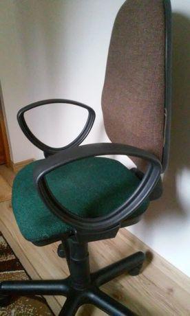 Krzesło obrotowe biurowe PERFEKT GTP Nowy Styl