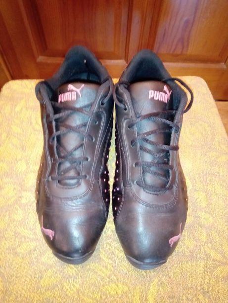 Продам жіночі кросівки 37 р.