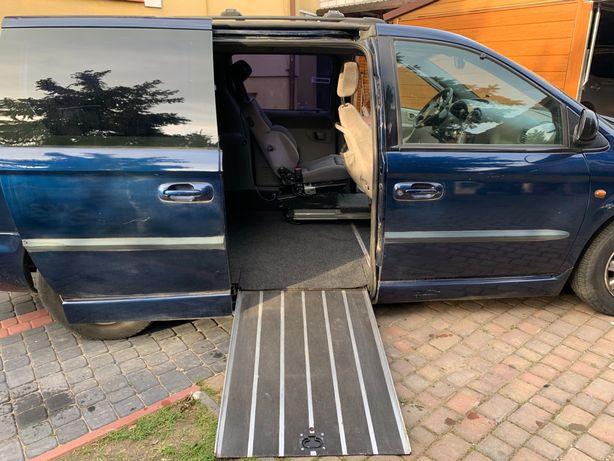 Chrysler Voyager Grand dla osoby niepełnosprawnej