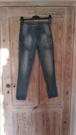 Dziewczęce jeansy rozmiar 146cm