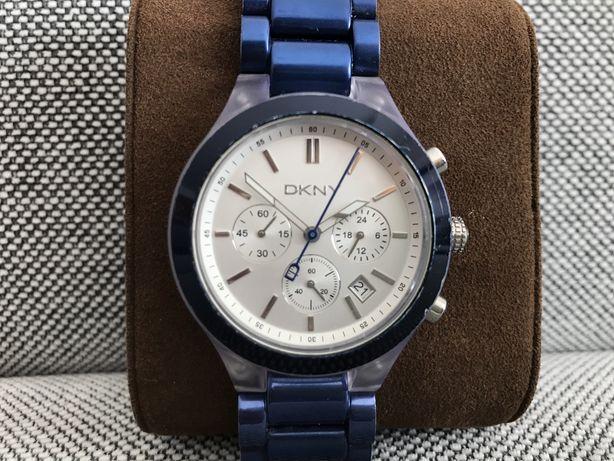 Relógio azul DKNY