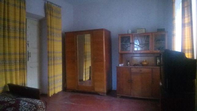 Продам будинок в центрі смт. Томашпіль