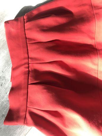Spodniczka Zara rozm. XS czerwona