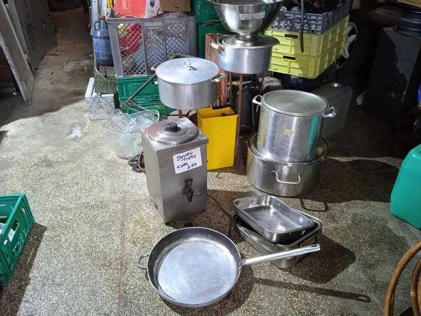 Material para cafés e restaurantes