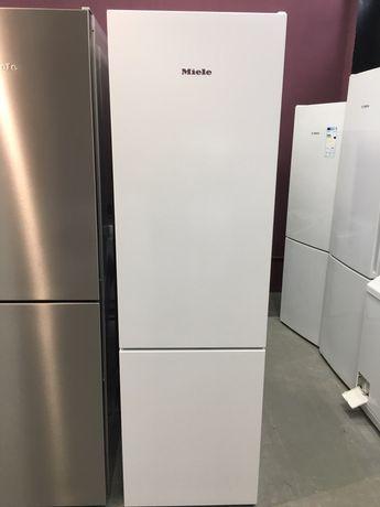 Холодильник фірми Miele KFN 29162 D