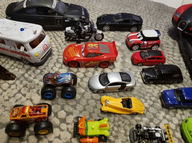 Zestaw aut kolekcjonerskich i nie tylko dla chłopczyka