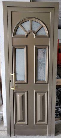 Porta de Alumínio, cor bronze