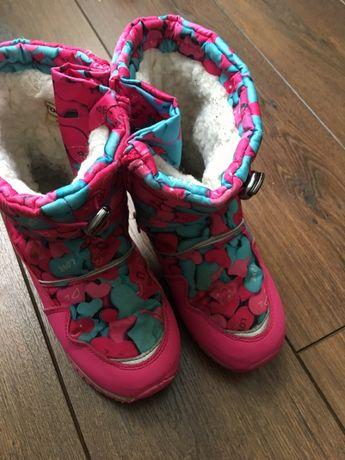 Продам сапоги зимние на девочку фирма ТОММ