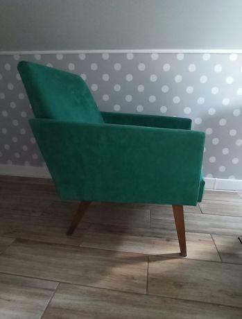 Fotel PRL zieleń lisek