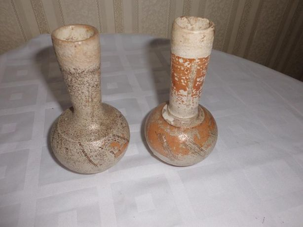 vendo um par de jarras muito antigas talves século XIIou XIII