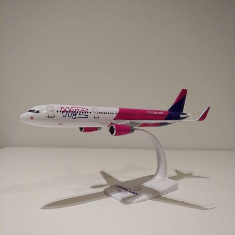 Wizz Air Модель самолёта Airbus A321 (WizzAir)