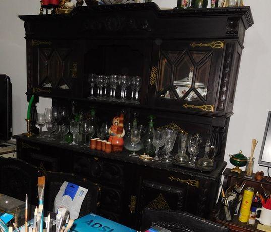 Cristaleira de casa de jantar Renascença Holandesa do sec.XIX