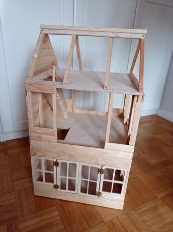 Drewniany domek dla lalek handmade