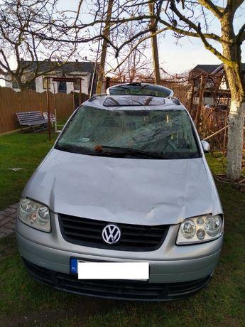 VW Touran 1,9 TDI, 2003, DIESEL, uszkodzony