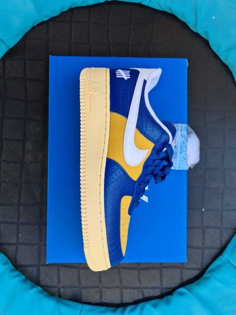 Tennis nike air force one x undefeated  42,5