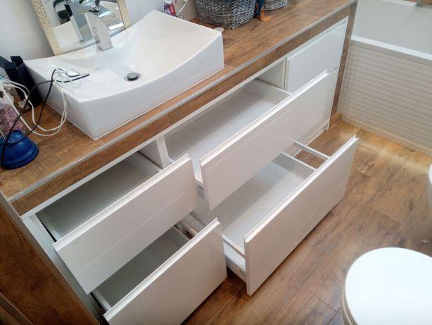 Kuchnie szafy na wymiar, komandor, zabudowa wnęk, skosy, garderoby