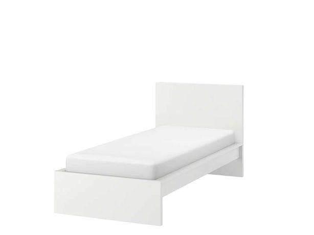 cama de solteiro IKEA modelo MALM