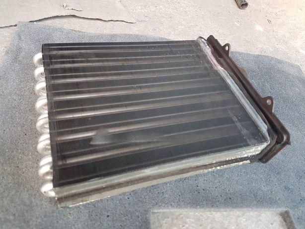 радіатор пічки Вектра б 2.0 Радиатор печки Opel Vectra b 2.0