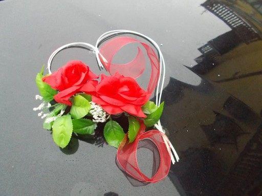 dekoracje weselne na samochod