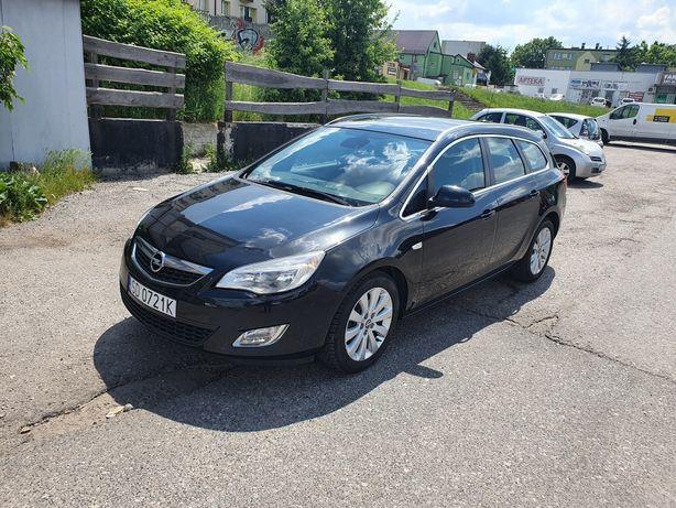 Opel Astra J 1.7CDTI 110KM 2012r