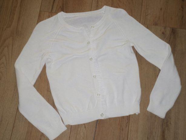 rozm 128 134 biały sweterek