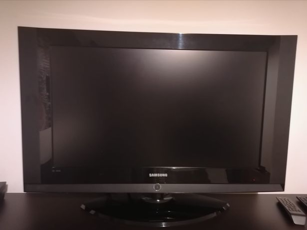 LCD Samsung  LE32S62B