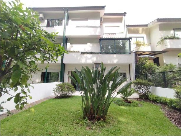 GUIMARÃES - Moradia V3 com garagem 2 carros, jardim e sótão