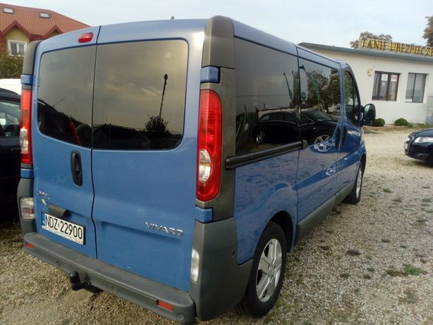 Opel Vivaro 2010 r 9-osobowy 2.,0 Diesel,rozrząd na łańcuchu