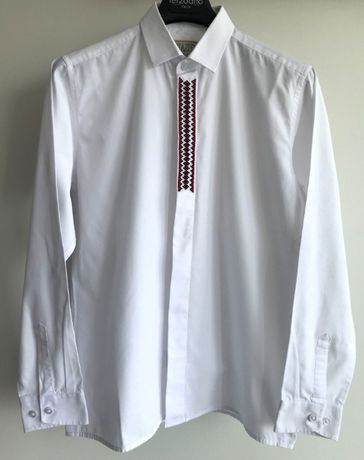 Рубашка с вышивкой, 11-12лет, рост 152-158см