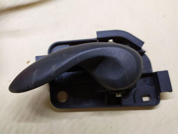 Ручка двери Fiat Punto 2003 года